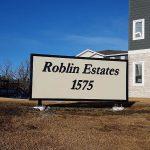 1575 Roblin Boulevard Winkler sign